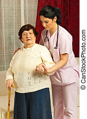 enfermeira, ajudando, doente, sênior, lar