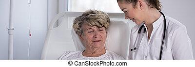 enfermeira, com, idoso, hospice, paciente