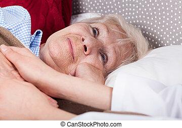 enfermeira, dá, apoio, para, mulher idosa