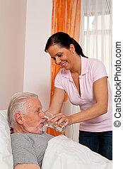 enfermeira, em, envelhecido, cuidado, a, idoso, em, casas repouso