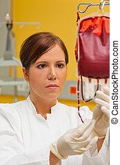 enfermeira, em, hospitalar, com, sangue, products.