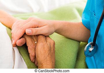enfermeiras, ajudando, idoso