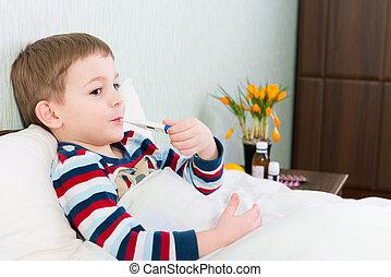 enfermo, niño pequeño, mentira en cama, con, termómetro