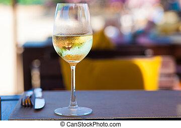 enfriado, mesa de vidrio, playa blanca, vino