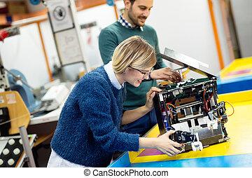 Engineering robotics class teamwork