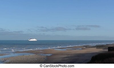 Ferry travelling from Calais to Dover. - ENGLISH CHANNEL,...