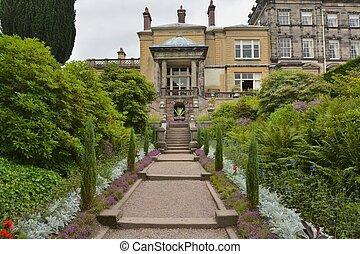 English Stately home - Biddulph grange stately home