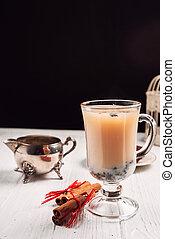 english tea with milk