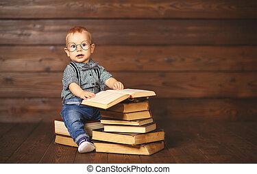 engraçado, bebê, livros, em, óculos