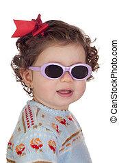 engraçado, menina bebê, com, óculos de sol