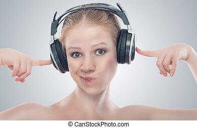 engraçado, menina, escutar música, ligado, fones