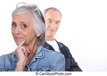 engraçado, middle-aged, par