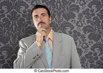 ENGRAÇADO, pensativo, tolo,  retro, homem negócios,  NERD, gesto