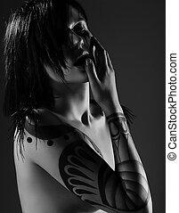 enigmático, encantador, mujer, vamp, con, tatuaje, en, ella,...