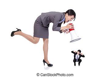 enojado, jefe, mujer de negocios