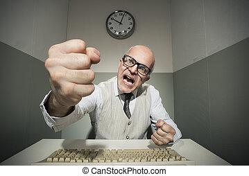 enojado, oficinista, gritar, en ordenador