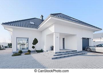 enorm, nymodig, villa