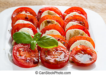 ensalada caprese, tomate, mozzarella, con, albahaca