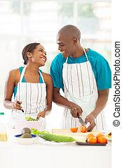 ensalada, pareja, norteamericano, verde, preparando,  Afro