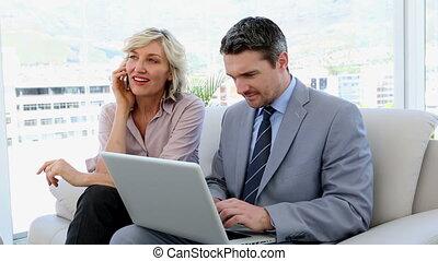 ensemble, ordinateur portable, fonctionnement, professionnels
