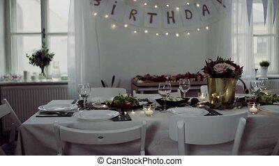 ensemble, salle, famille, anniversaire, intérieur, fête, table, repas, celebration.