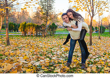 ensoleillé, couple, parc, avoir, automne, automne, amusement, jour, heureux