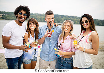 ensoleillé, plage, amusement, avoir, amis, day., groupe