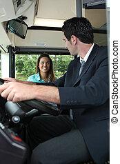 entablado, autobús, mujer