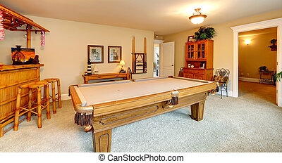 Entertainment room in hawaian style with pool table