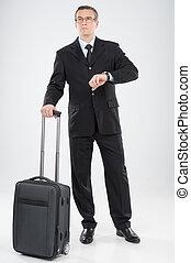 entiers, loin, âge moyen, regarder, confiant, longueur, pleurer, valise, homme affaires, suitcase., homme