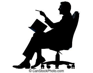 entiers, silhouette, business, séance, fauteuil, isolé, une, longueur, studio, fond, caucasien blanc, homme