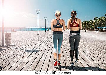 entlang, rennender , schlank, mädels, seafront