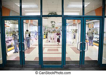 entrée, supermarché
