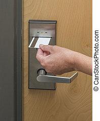 entrée, swipe, keycard