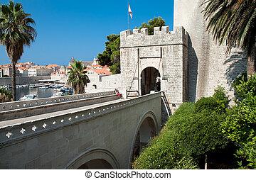 Entrance in old town Dubrovnik
