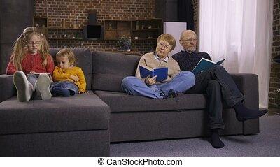 entre, générations, famille, trouée