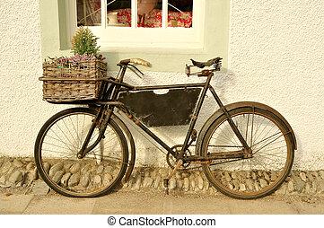 entrega, bicicleta vieja, formado
