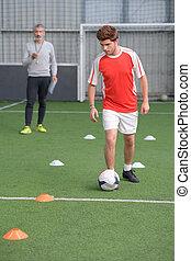 entrenamiento, fútbol, joven