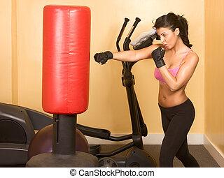 entrenamiento, kickboxing, hembra