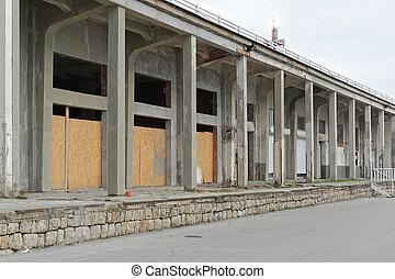 entrepôt, abandonnés