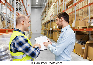 entrepôt, homme affaires, presse-papiers, ouvrier