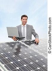 entreprenör stå, av, sol, paneler