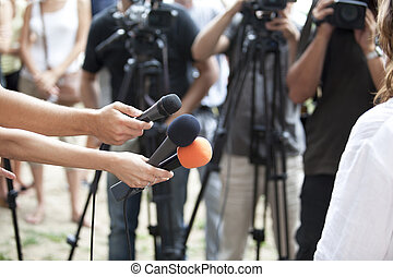 entrevue, média