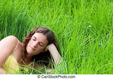entspannend, land, langer, grün, m�dchen, gras