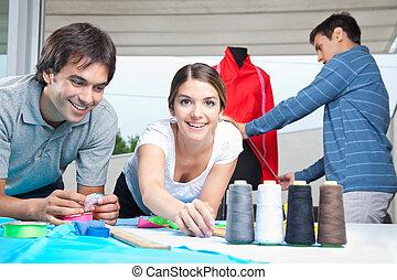 entwerfer, mode, arbeitend zusammen