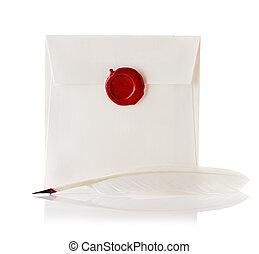 envíe, o, carta, sellado, con, sello de lacrar, estampilla, y, pluma de remera, aislado, blanco