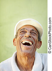 envelhecido, latino, homem, sorrindo, para, alegria