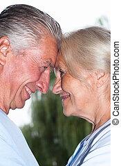 envelhecido, par, sorrindo
