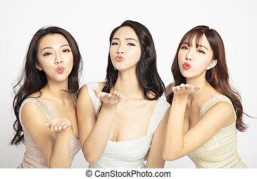 enviando, beleza, beijos, três, jovem, asiático