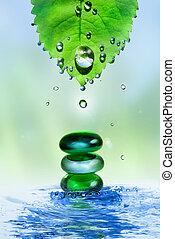 equilibratura, terme, baluginante, pietre, in, acqua, schizzo, con, foglia, e, gocce